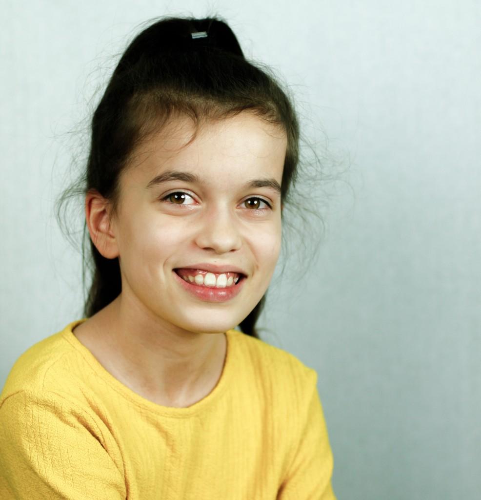 Cast - Elena Willemsen